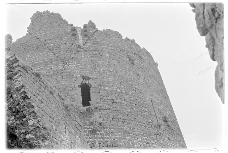 Vue extérieure de la partie supérieure de la tour maîtresse