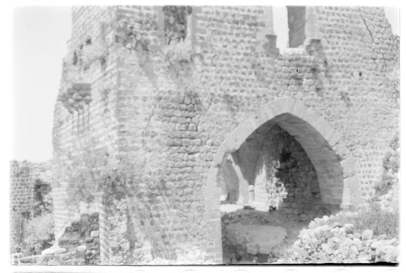 Détail de la tour-porte