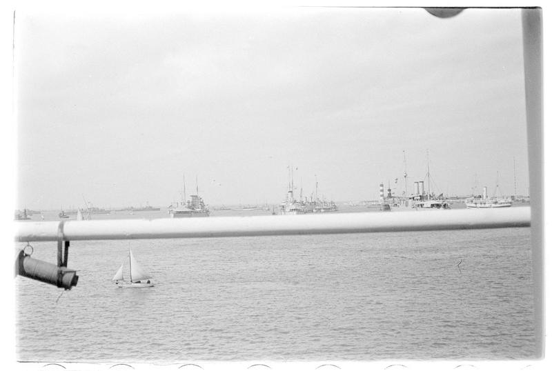 Navires militaires en rade de Beyrouth