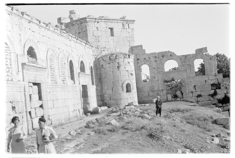 Vue de l'église depuis le cloître (supposée)