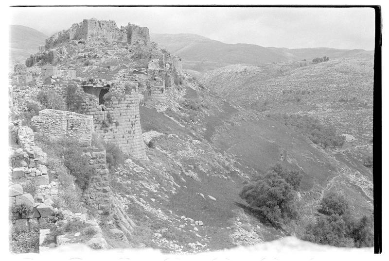 Vue du front sud du château de Subeibe