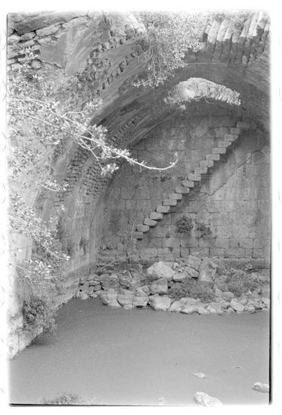 Intérieur de la grande citerne du château de Subeibe