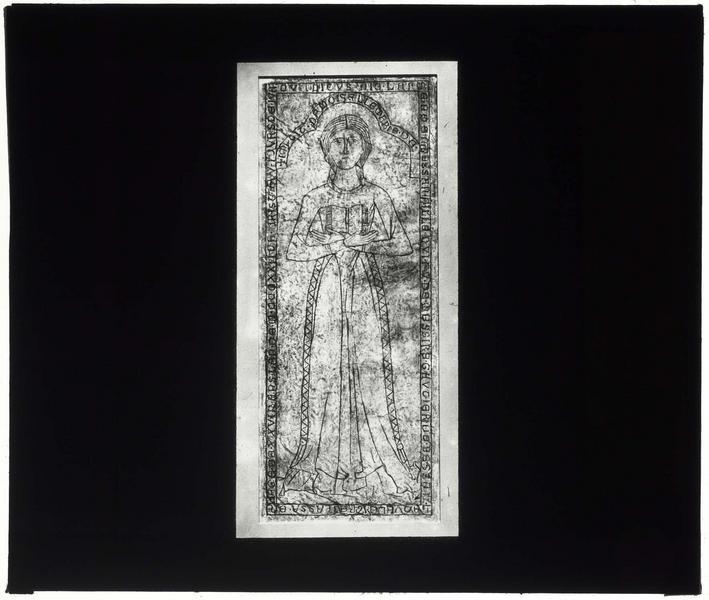 Dalle funéraire de Marie de Bessan