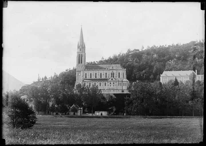 Domaine du sanctuaire de Lourdes