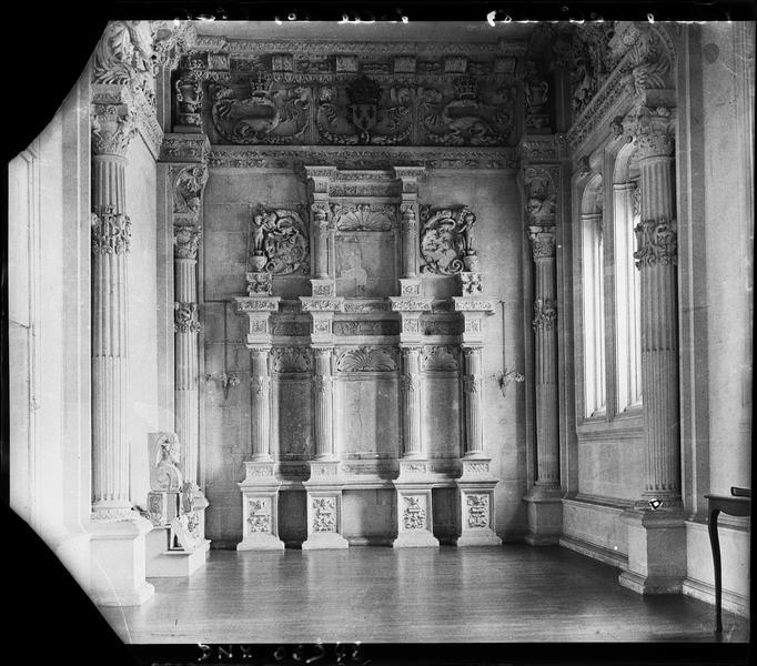 Salle des Etats : décor sculpté
