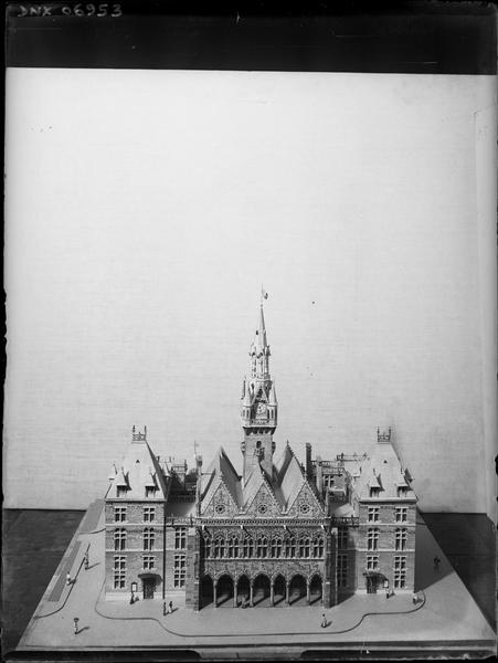 Maquette : façade principale