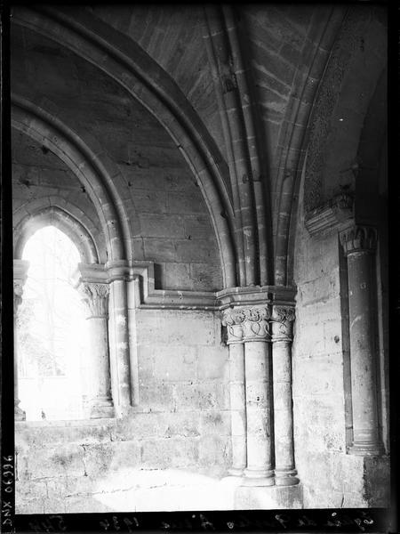 Porche : intérieur