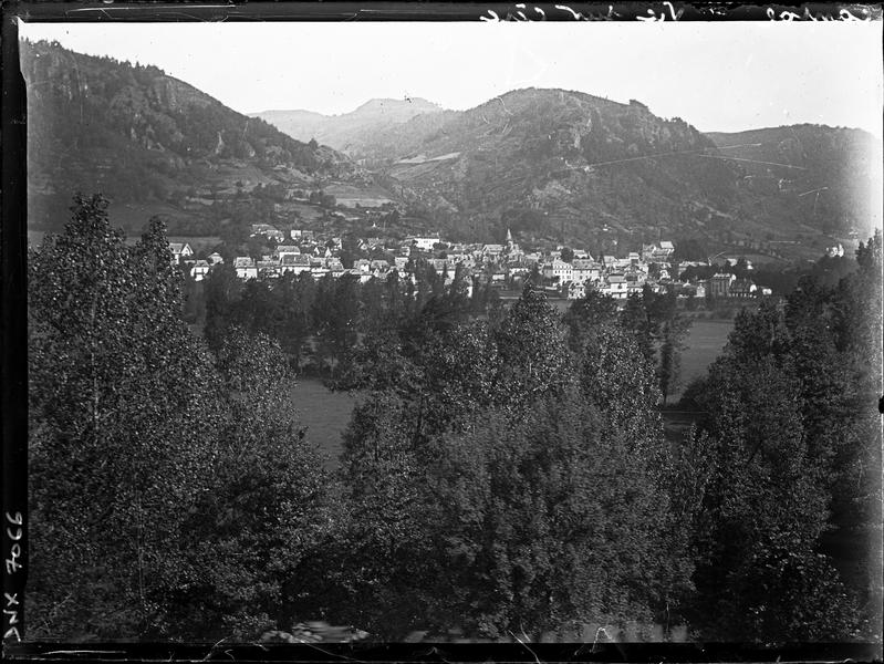 Le village : vue générale