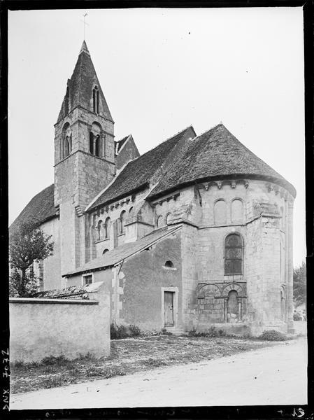 Ensemble sud-est : abside et clocher