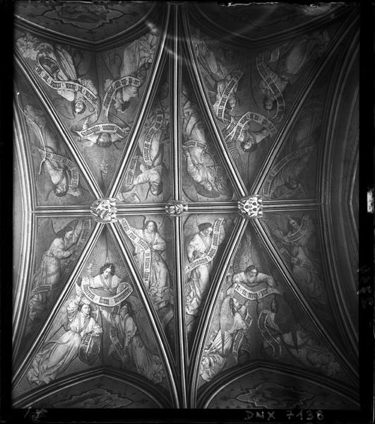 Premier étage : voûtes de la chapelle