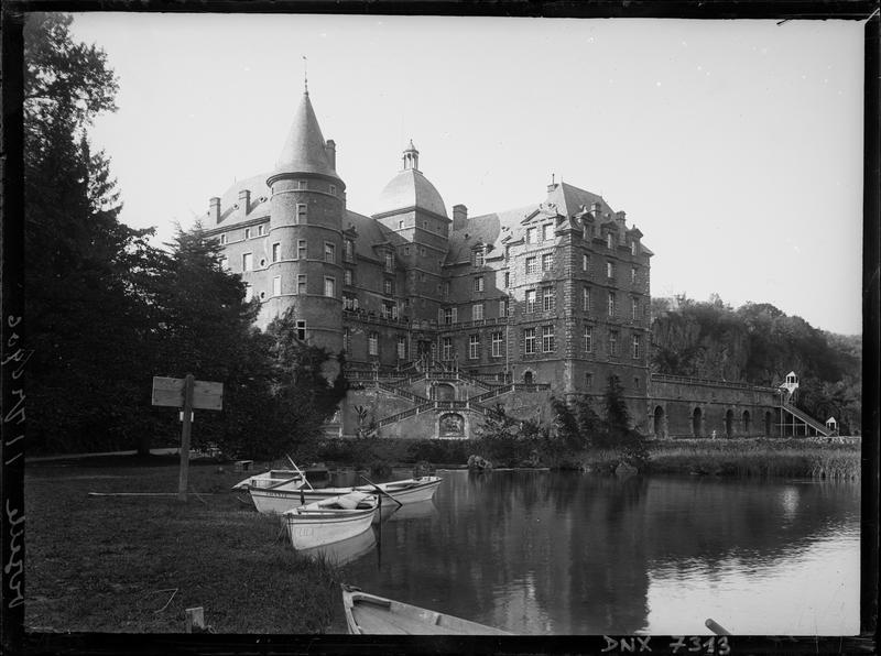 Château : façade sur la Romanche