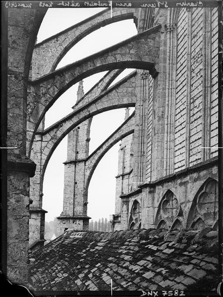 Arcs-boutants de l'abside côté nord