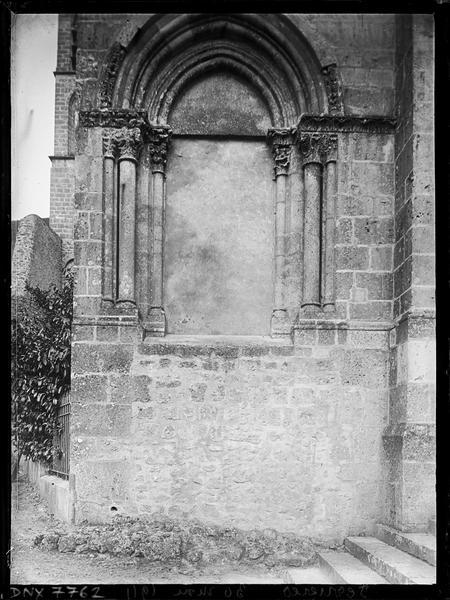 Façade ouest : fenêtre