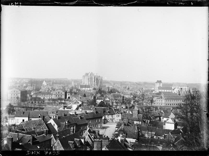 Vue panoramique de la ville, la cathédrale en arrière-plan