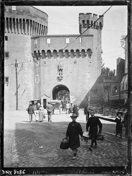 Porte Notre-Dame : façade intra-muros