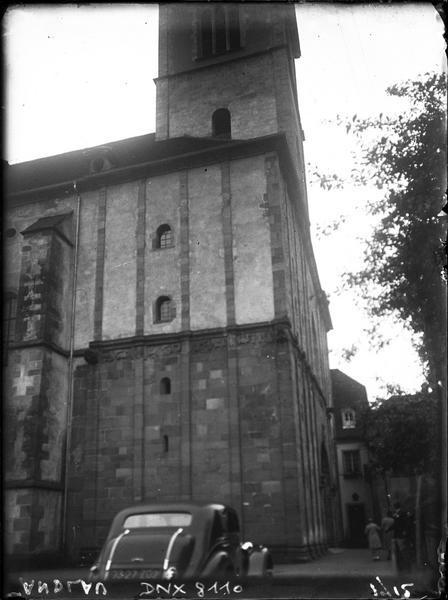 Angle nord-ouest et base du clocher