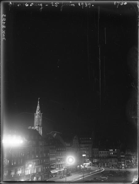 La Place Kléber à minuit