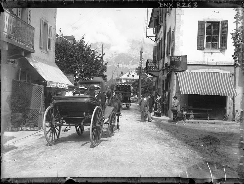 Calèches dans les rues de la ville