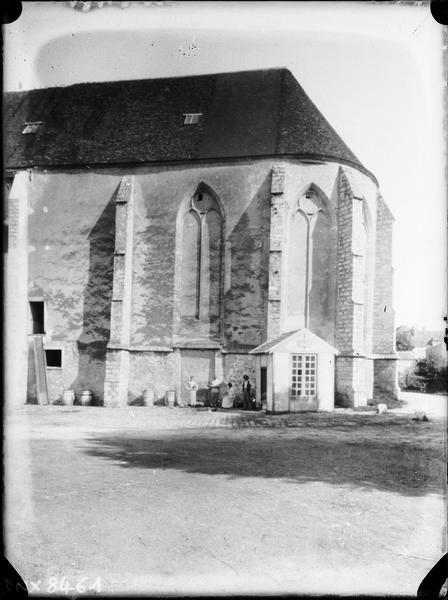 Eglise abbatiale : abside, côté sud
