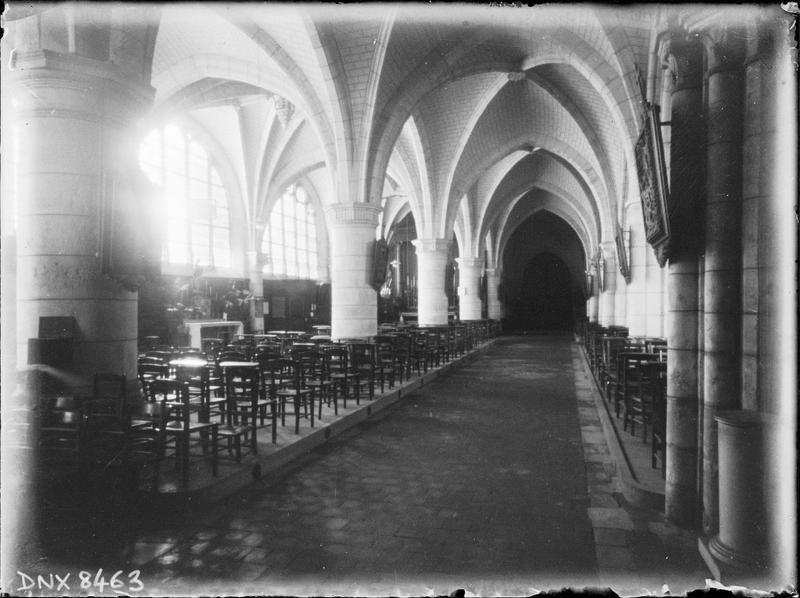 Eglise abbatiale, intérieur : bas-côté