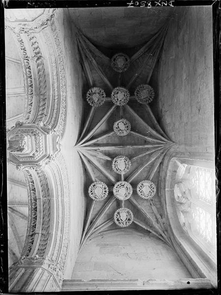 Intérieur, choeur, chapelle nord : voûte