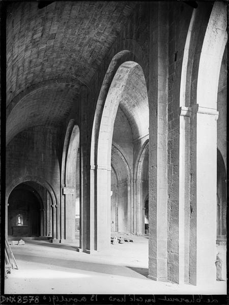 Eglise abbatiale, intérieur : bas-côté nord