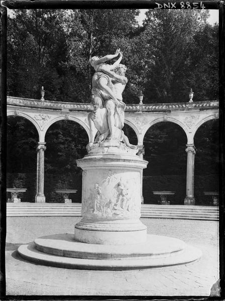 Bosquet de la Colonnade, groupe sculpté : l'Enlèvement de Proserpine
