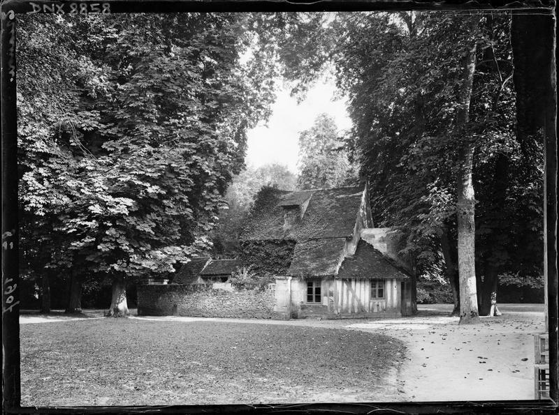 Hameau de la Reine : maison à pan-de-bois