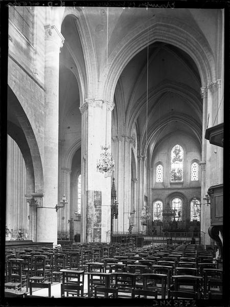 Intérieur : choeur et croisée du transept