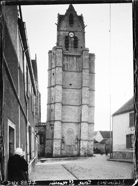 Clocher dit la Tour penchée, côté nord