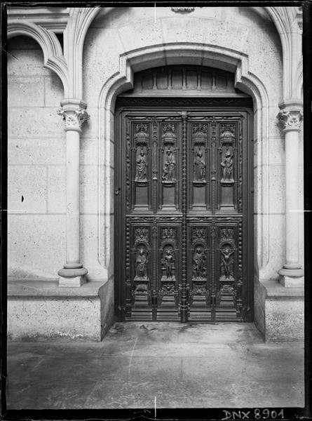 Intérieur : porte