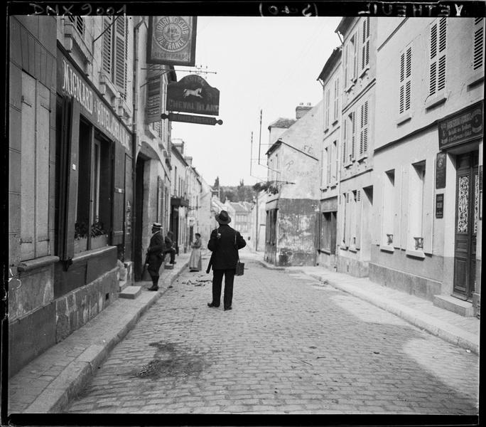 Rue du village : vue perspective