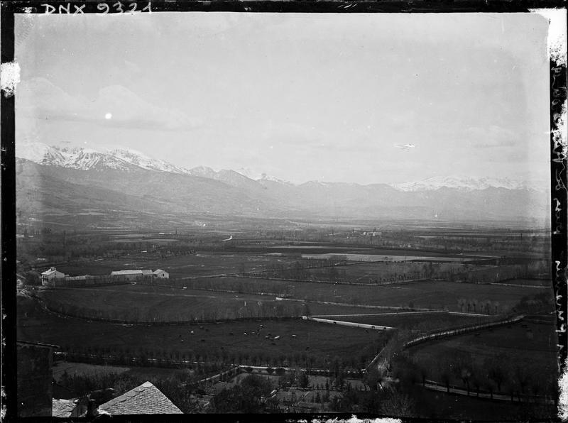 Les Pyrénées vues du village