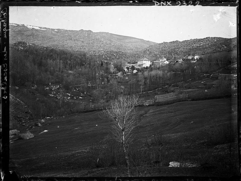 Paysage de la Cerdagne française : le village des Escaldes
