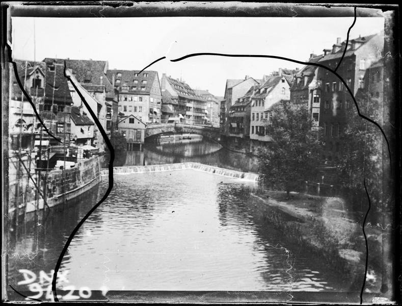 Quartier de la vieille ville en bordure de rivière