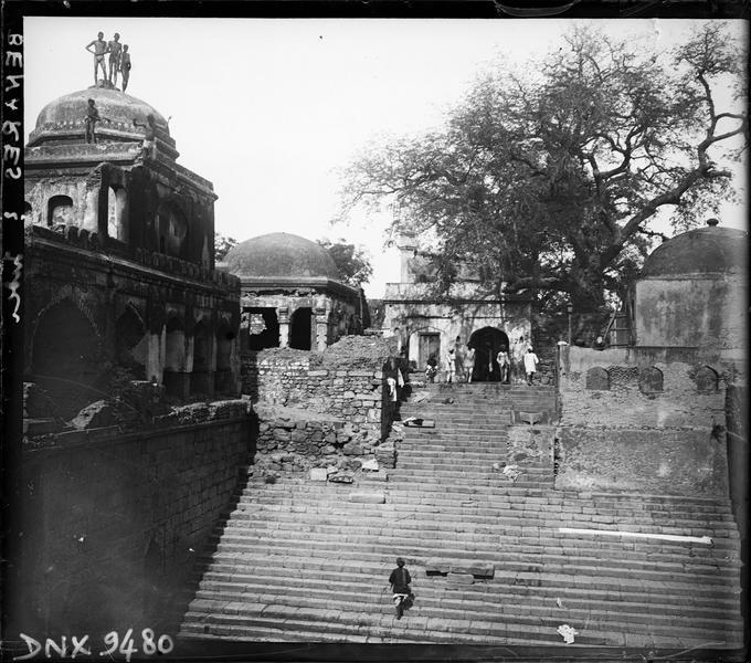 Ghat : grand escalier de pierre