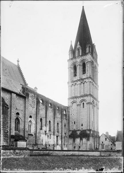 Clocher et façade côté nord