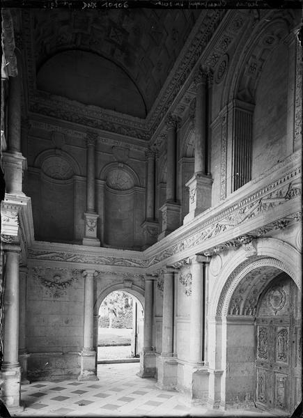 Chapelle : intérieur