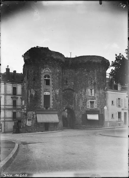 Porte Beucheresse, façade extra-muros