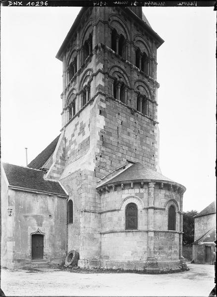 Abside et clocher : côté sud-est