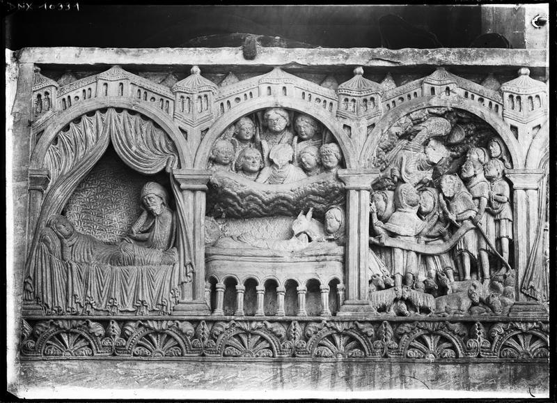 Tombeau roman, dit de Guillaume de Ros, scènes sculptées : le doute de saint Joseph, la Nativité, l'Apparition de l'ange aux bergers
