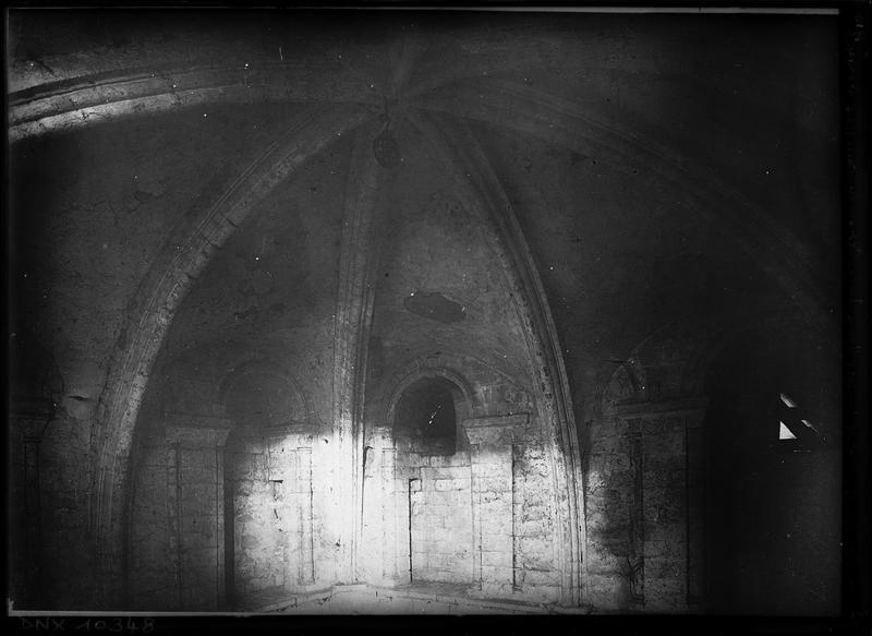 Eglise, intérieur : voûte de la croisée du transept