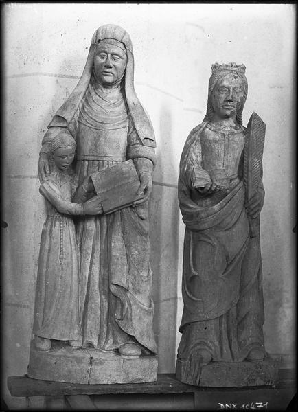 Statues : sainte Anne et sainte Catherine
