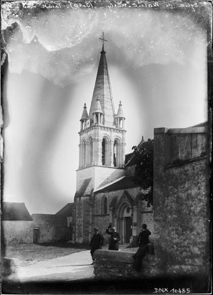 Partie de la façade nord et clocher