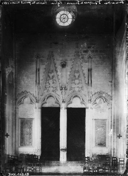 Intérieur : revers du portail ouest
