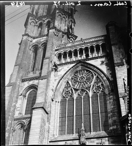 Transept sud : tour