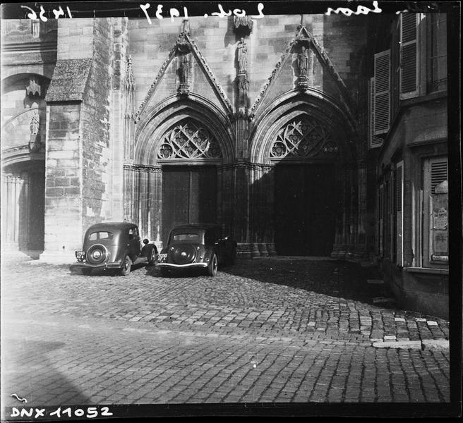 Transept sud : portail double