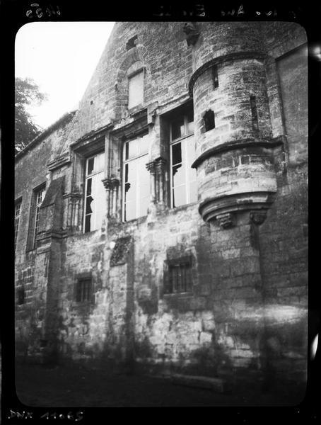 Façade nord : fenêtres