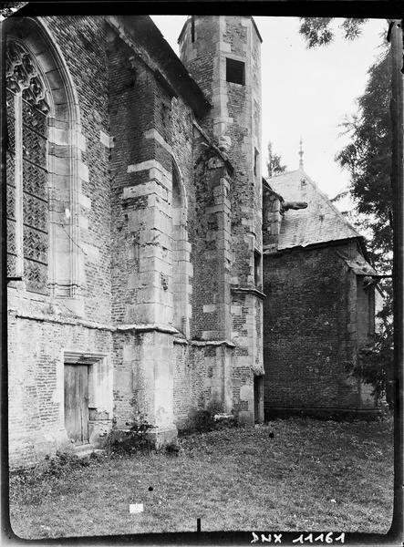 Chapelle : façade sud, détail