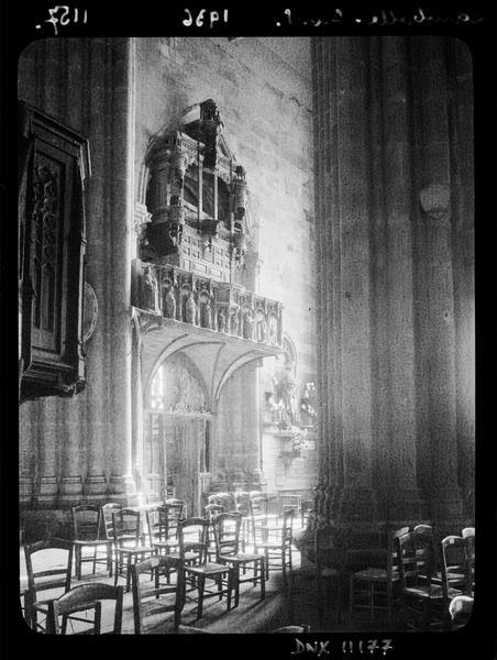 Jubé et buffet d'orgues : vue diagonale